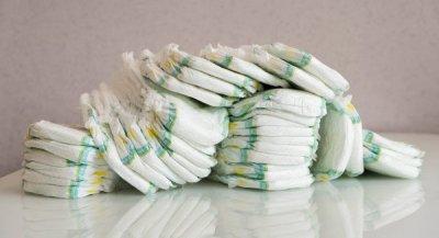 Как правильно одеть памперс мальчику: пошаговая инструкция