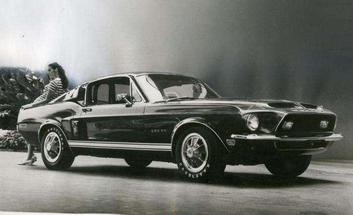 Shelby Mustang - легенда американских дорог