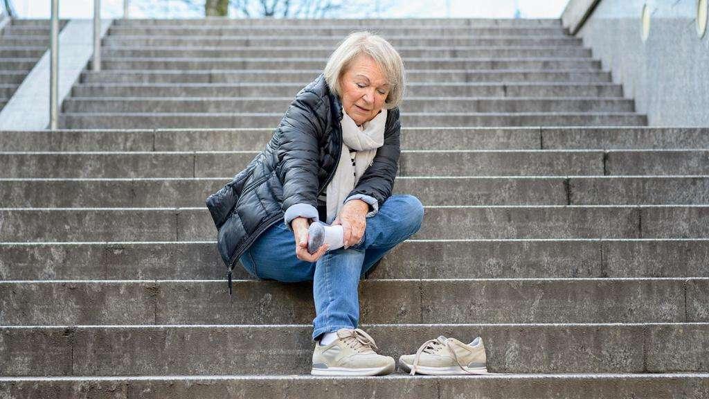 Возможные причины болей в ногах