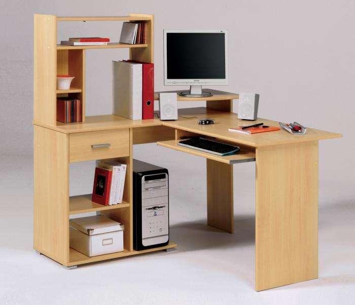 Маленькие компьютерные столы: проблема выбора