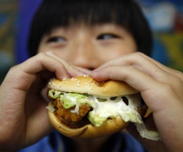 Составляем диетическое меню: калорийность жареной курицы