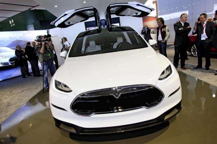 Tesla Model X, или технологии будущего сегодня
