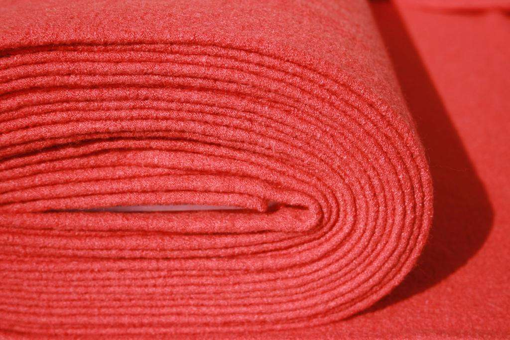 Вареная шерсть: описание материала, свойства, советы по уходу