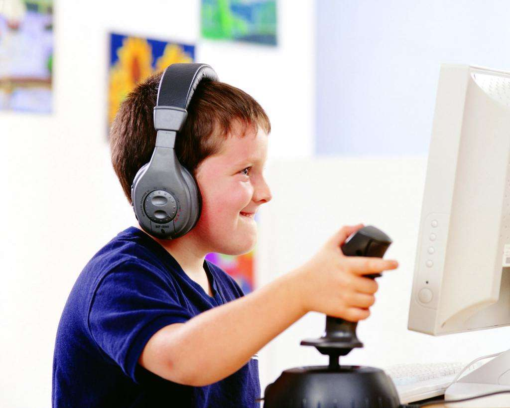 Компьютерные игры для ребенка и все что нужно знать о доступе к ним