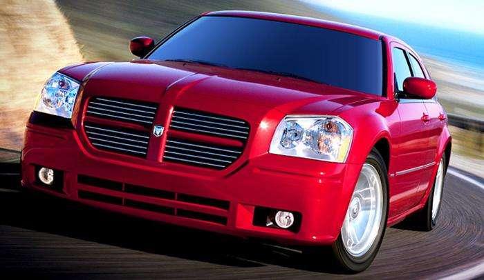 Обзор автомобиля Dodge Magnum