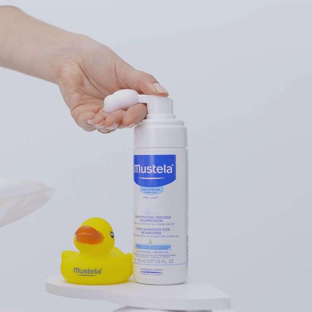 Пенка-шампунь для новорожденных «Мустела»: особенности и использование