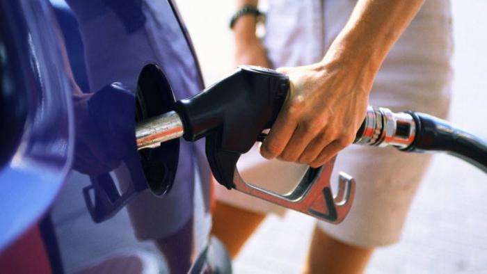 Несколько способов того, как сэкономить топливо на автомобиле