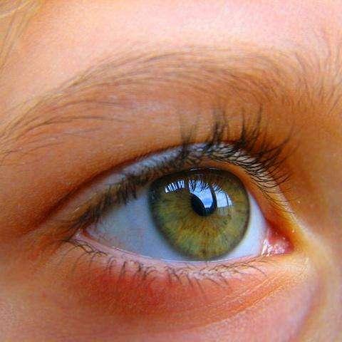 Ангиопатия сетчаток глаз: причины, симптомы и методы лечения