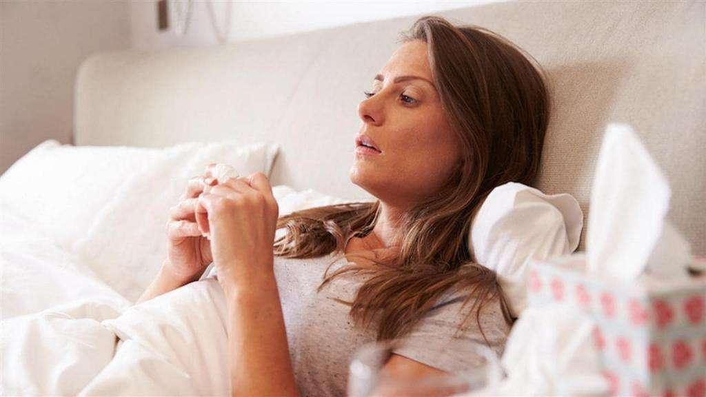 Чем лечить зеленые сопли при беременности: причины, разрешенные препараты, эффективные методы